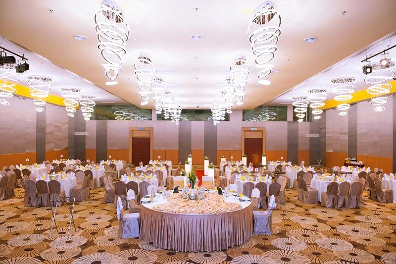 MI - stylish-banqueting