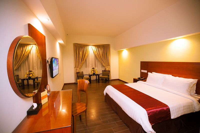 RI - 2-Bedroom-Suite-Areca-Room